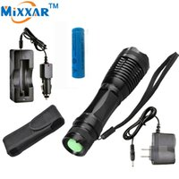 CREE XM-L T6 3000 Lumens 5 modes Zoomable Tactical LED Flashlight Torch Light pour batterie 3xAAA ou 1x18650