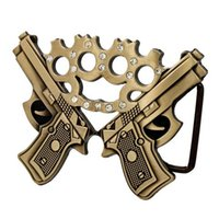 Al por mayor-Western Cowboy Belt Buckle Metal para hombres Double Gun Jeweled Brass Knuckles Belt Buckle Gun Pistola