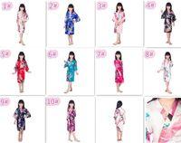 lencería de satén para niñas al por mayor-10 unids 10 colores niños Sólido royan Robe de seda niña niños Satén Pijama Lencería ropa de dormir Kimono vestido de baño pjs camisón M024