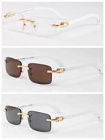 óculos de sol de moda branca venda por atacado-2017 Nova Moda De Bambu De Madeira Sem Aro Óculos De Sol Dos Homens Búfalo Branco Chifre Óculos Mulheres Marca Designer Óculos De Sol Com Caixa Caso Lunettes