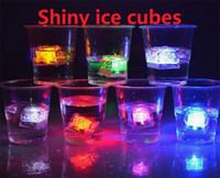 buz küpü dekorasyon led toptan satış-LED Buz Küpleri Su Sensörü Köpüklü Aydınlık Çok Renkli Parlayan İçilebilir Deco Parti Aydınlık Led Buz Küpleri Düğün Dekorasyon K593