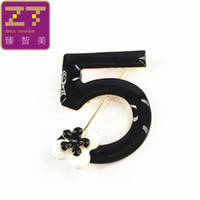 слово броши оптовых-Wholesale- XZ007 Hot New Fashion Bijoux 5 word elegance  paint collar pin brooches for women jewelry gift free shipping