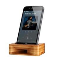 hölzerne klammern großhandel-Freies DHL Holzständer UI Universal Lazy Halter Bambus Sprachverstärker Holz Tablet Halter Für iPhone Lautsprecher Station Lautsprecher Halterung