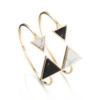 tipos de puños al por mayor-La más nueva marca brazalete del encanto brazalete para siempre turquesa geometría Triángulo pulseras de piedra natural abierta tipo ajustable joyería de moda para las mujeres