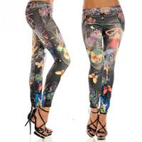 polainas de mezclilla de imitación al por mayor-Al por mayor-Nueva Moda Sexy Leggings Mujer Buttlefly Flower Printed Imitation Jeans Elastic Slim Punk Style Faux Denim Lápiz Pantalones