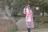 ingrosso impermeabile a ciclo-Impermeabile monouso di alta qualità PE Impermeabili monouso Poncho Abbigliamento antipioggia Impermeabile da viaggio Ciclismo Escursionismo Pioggia Regali Colori misti Nave libera
