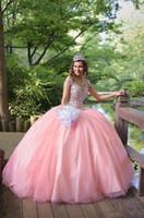 v boyun kızaran topu elbisesi toptan satış-2017 Yeni Rhinestone Kristaller Allık Şeftali Quinceanera elbise Balo Kat Uzunluk Kolsuz Jewel Boyun Tatlı 16 Ruffles Balo Abiye