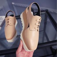 Estilos de moda La mejor calidad Marca cuñas plataforma estrellas zapatos de ancho ancho para las mujeres plataforma de cuero zapatos