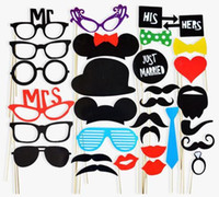 31pcs / Set Wedding Party Favors DIY Photo Booth Props Máscara Mustache Tie Lip Hat Boa qualidade Brand New