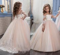 çocuk topu elbisesi pembe toptan satış-2019 Yeni Ucuz Çiçek Kız Elbise Düğün İçin Jewel Boyun Uzun Kollu Dantel Allık Pembe Doğum Günü Elbise Çocuk Parti Çocuklar Kız Abiye