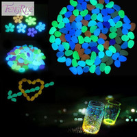 Wholesale Garden Decorations Crafts Glow In The Dark Luminous Pebbles Stones Acrylic For Wedding Romantic Festive Supplies