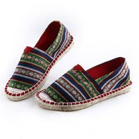 Wholesale pure folk - 2017 New Embroidered folk style pure hand foot embroidered linen straw Tang dance art Sen shoes
