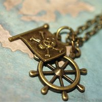 gancho de rueda al por mayor-20pcs Piratas del Caribe, Capitán Garfio, Bandera Pirata Ships Wheel Bronze Charms Necklace