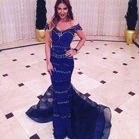 vestido royal dark al por mayor-Vestidos de noche indios Largo 2019 Azul real oscuro Fuera del hombro Rebordear Mujeres Vestidos formales Sirena vestido formal de baile vestido indiano