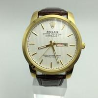 ingrosso calendario per orologio-Svizzera Famous Brand Luxury Fashion Watch Uomo cinturino in pelle calendario data analogico al quarzo impermeabile da polso uomo orologio data orologio maschile