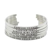 ingrosso braccialetto gioielli incisi-316L acciaio inossidabile inciso Positivo Inspirational Quote mano timbrato bracciale mantra braccialetto braccialetto per i monili delle donne