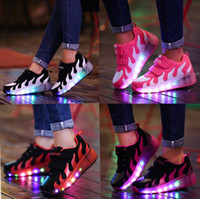 Wholesale Single Wheel Shoes - 2017 new girls, boys, single wheeled roller skates, roller skates, waterproof sports shoes, flash, LED lighting casual shoes