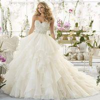 Wholesale Vestidos Renda Sexy - Stunning Sleeveless Lace Wedding Dresses 2017 Luxury Beading Crystals Vintage Wedding Bridal Gowns Vestidos De Noiva Renda