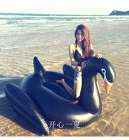 All'ingrosso-Estate Swan gigante per l'adulto gonfiabile Ride On Pool giocattolo anello del galleggiante di nuotata Black Swan gonfiabile