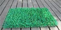 ingrosso simulazione erba artificiale-Spedizione gratuita tappeto erboso artificiale Tappeto di simulazione di plastica bosso Erba Mat 60cm * 40 centimetri Prato Verde Per la casa decorazione del giardino