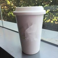ingrosso coperchio nero tazza-modello di moda marchio logo tazza con coperchio tazza tazza da 500ml tazza modello famoso di buona qualità in bianco e nero