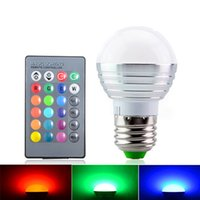 2016 O rgbw o mais novo (rgb + branco) e27 e26 e14 levou luzes dos bulbos luz 5w rgb conduziu luzes para o lighting do contorl do lighting + ir do christmas