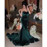 mulher de veludo verde venda por atacado-Venda quente Sem Alças Vestido de Noite Sereia Verde Escuro De Veludo Vestidos Formais Mulher Árabe Vestidos de Noite Pageant