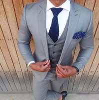 Wholesale silver tuxedos - Chic Silver Gray Groom Suits Classic Fit Peak Lapel One Button Men Suits Fashion Cheap Wedding Groomsmen Suits Tuxedos (Jacket+Pants+Vest)