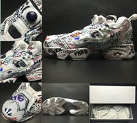 Wholesale Lace Up Pump Boots - Wholesale 2017 Released Boots Vetements Insta Pump Fury Graffiti Halloween Sneakers Black White Insta Pump Fury OG Outdoor Training Shoes