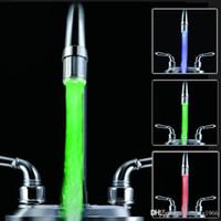 grifo de corriente al por mayor-LLEVÓ el agua del grifo de la corriente Ligera Galvanizada Luminosa Lámpara Fuller Faucets que brilla intensamente en la oscuridad Lámparas de grifo Verde 7 8rb R