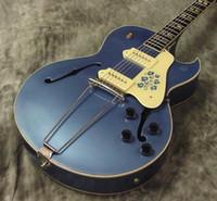 geteilte gitarre groihandel-Benutzerdefinierte Scotty Moore ES 295 Metallic Blue E-Gitarre P90 Pickup Trapeze Tailpiece Split Parallelogramm Inlay Historische Blumen Schlagbrett