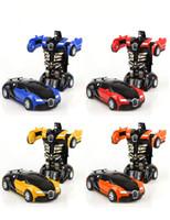 hölzerner magnetischer zugsatz großhandel-Schritt für Schritt Verformung des Spielzeugs King Kong 5 Bugatti ein Schlüssel gedrehtes männliches und weibliches Taschenpuzzle Modell PK.