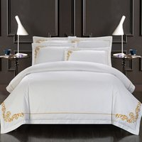 Polyester / Cotton oriental hand embroidery - 60S Egypt Cotton Oriental Embroidery White Color Hotel Bedding sets King Queen size Bed set Duvet cover set Bedsheet
