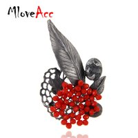 Купить Металлическая Бусина-MloveAcc ретро ювелирные изделия Gun Metal Vintage Leaf Brooches Country Style Red Crystal Beads Brooch Pins Women Pendant Accessories