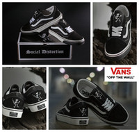 Wholesale Social Shoes - 2017 VANS X Social Distortion Classic Old Skool Low Cut Casual Canvas Running Shoes Brand Women Men Sneakers Skateboard Sneakers 36-44