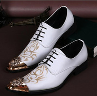 Wholesale Luxury Banquet Dress - New Handmade Men white Gentleman Luxury shoes and Gold Top Fashion Prom and Banquet men dress shoes men's flats