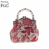 Wholesale Nude Chinese Women - Wholesale- Classic Chinese Style Women Red Floral Embroidery Beaded Handbag Clutch Bridal Wedding Party Cocktail Frame Metal Clutches Bag