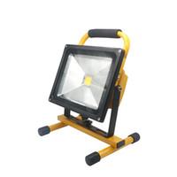 reflector recargable ip65 al por mayor-Edison2011 12V llevó la luz de inundación 10W 20W 30W 50W impermeable IP65 recargable lámpara de reflector portátil Spotlight luz