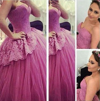 Wholesale beautiful beaded ball gown - 2017 Beautiful Ball Gown Evening Dresses Sweetheart Lace Appliques Beaded Puffy Lace up Elegant Prom Gowns