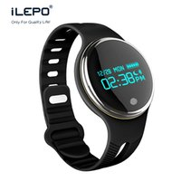 Android outdoor water activities - smart watch fitness activity tracker E07 Data time and power status display IP67 water poof big screen display smart bracelet