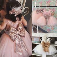 ingrosso arti organza per abiti-Hot Baby Girls Bambini Abiti senza maniche Paillettes Bow Wedding Princess Party Dress Per età 1-6 anni