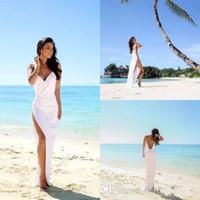 vestidos de noiva de praia de verão branco venda por atacado-Sexy Praia Vestidos de Casamento V Profundo Pescoço Cintas de Espaguete Lateral Dividir Vestidos de Noiva Branco Chiffon Aberto Para Trás Da Bainha Coluna de Verão Vestido Barato