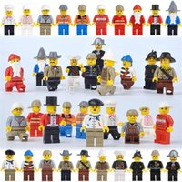 Wholesale Models Build - New People Building Blocks cartoon plastic Bricks for children Blocks toys DIY Model Figures C2470