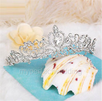 Wholesale Trendy Ornaments - Classic High Quality Crystal Bridal Crown Wedding Jewelry Bride Headdress Wedding Headdress Wedding High-grade Diamond Ornament Bride Tiara