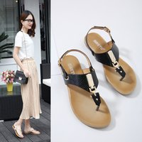 Wholesale Sandals For Models - Leather sandals for women new models breathe flat lady flip flops famous quality metal buckle pantoufle femme YonDream-209