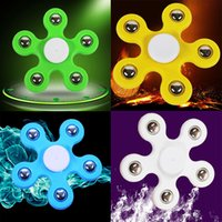 Wholesale Focus Designer - Colorful Plum Shaped Tri-Fidget Spinner New Designer Hand Spinner ABS Anti-Stress Toys EDC Focus ADHD&ADD Sufferers Finger Toys