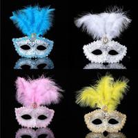 ingrosso maschere di mascheratura blu per le donne-Christmas Venetian Party Masquerade Masks Women Halloween 3pcs Piuma Mezza Faccia Maschere di Carnevale Blu Rosa Rosso Giallo Bianco Nero Rosa Rosso