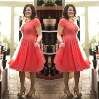 Wholesale Bridemaid Dress Modest - Modest Plus Size Bridesmaid Dresses Lace Chiffon Crew Neck Short Sleeves Country Style Knee Length Coral Bridemaid Gowns for Wedding