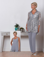 üç parça anne gelin elbisesi toptan satış-2018 Leylak Üç Adet Anne Gelin Artı Boyutu Pantolon Takım Elbise Taraklı Boyun Anneler Dantel Ceket Örgün Akşam elbise ile Suit