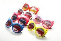 новые солнцезащитные очки для детей оптовых-Летний стиль 2017 новые горячие продажи высокое качество дети УФ солнцезащитные очки мультфильм кошка животных формы солнцезащитные очки Очки для детей 24 шт. / лот